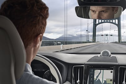 Volvo V90 Cross Country - HUD
